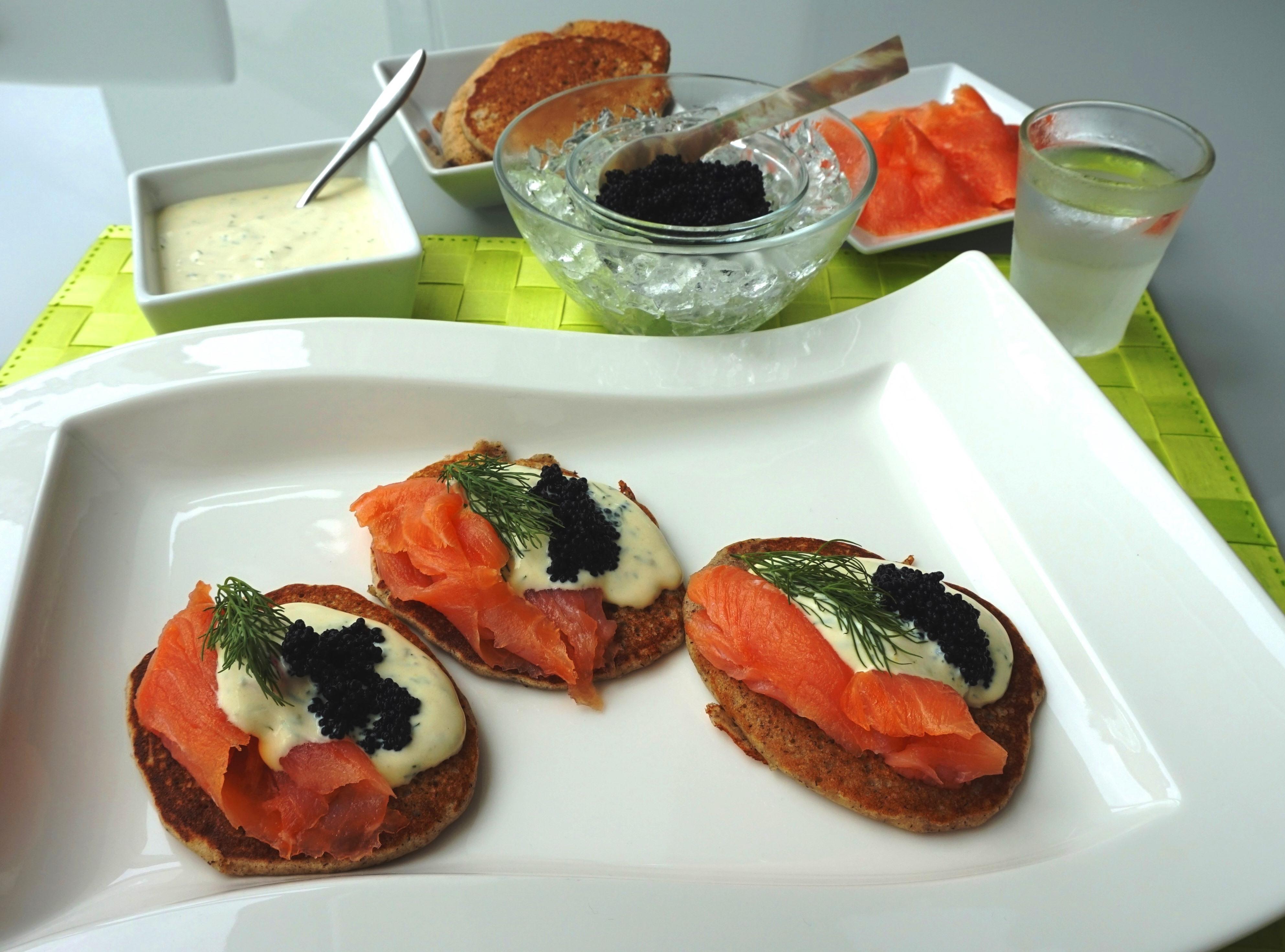 Blinis, Lachs, Kaviar… / Blinis, Salmon, Caviar | michasfoodblog