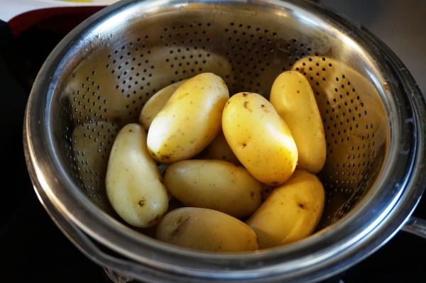 Vorgekochte Kartoffeln