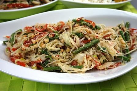 Somtam, grüber Papaya-Salat