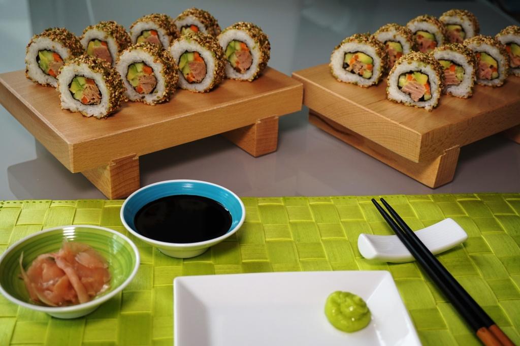 Uramaki Thunfisch Sesam