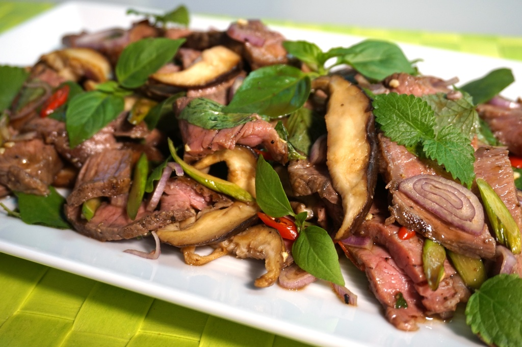 Beef salad with Shiitake
