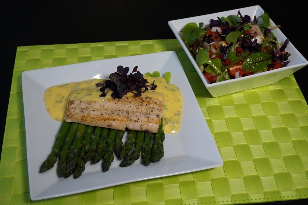 Grüner Spargel Saibling Salat 1