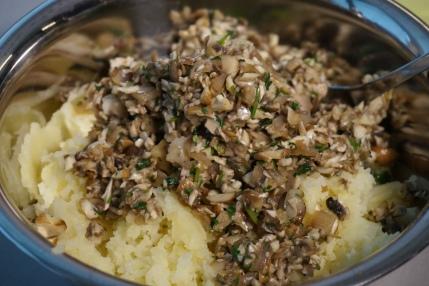 Kartoffel und Pilze