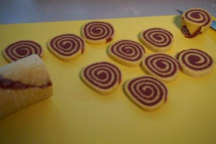 Spiralravioli geschnitten